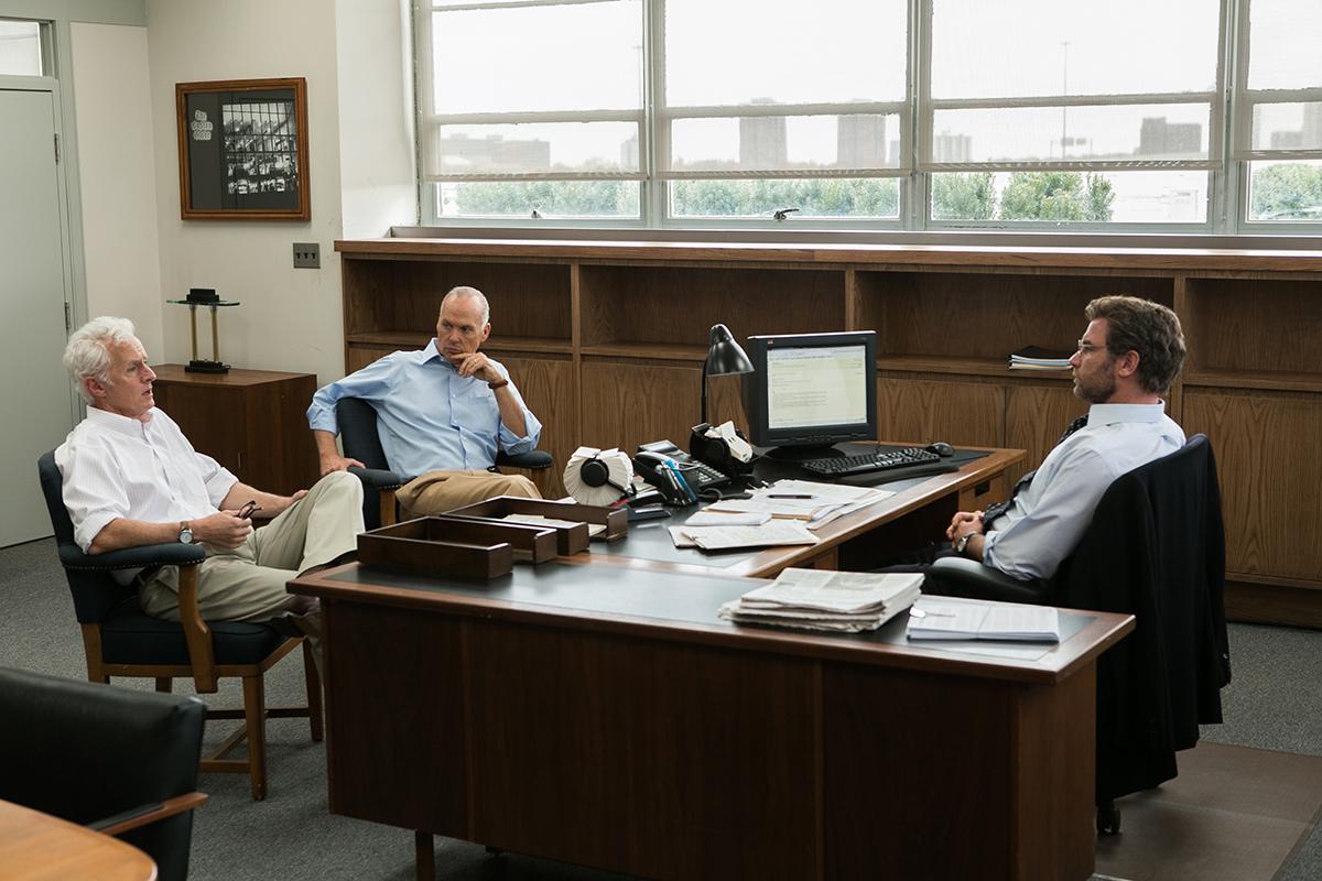 John Slattery, Michael Keaton y Liev Schreiber en Spotlight