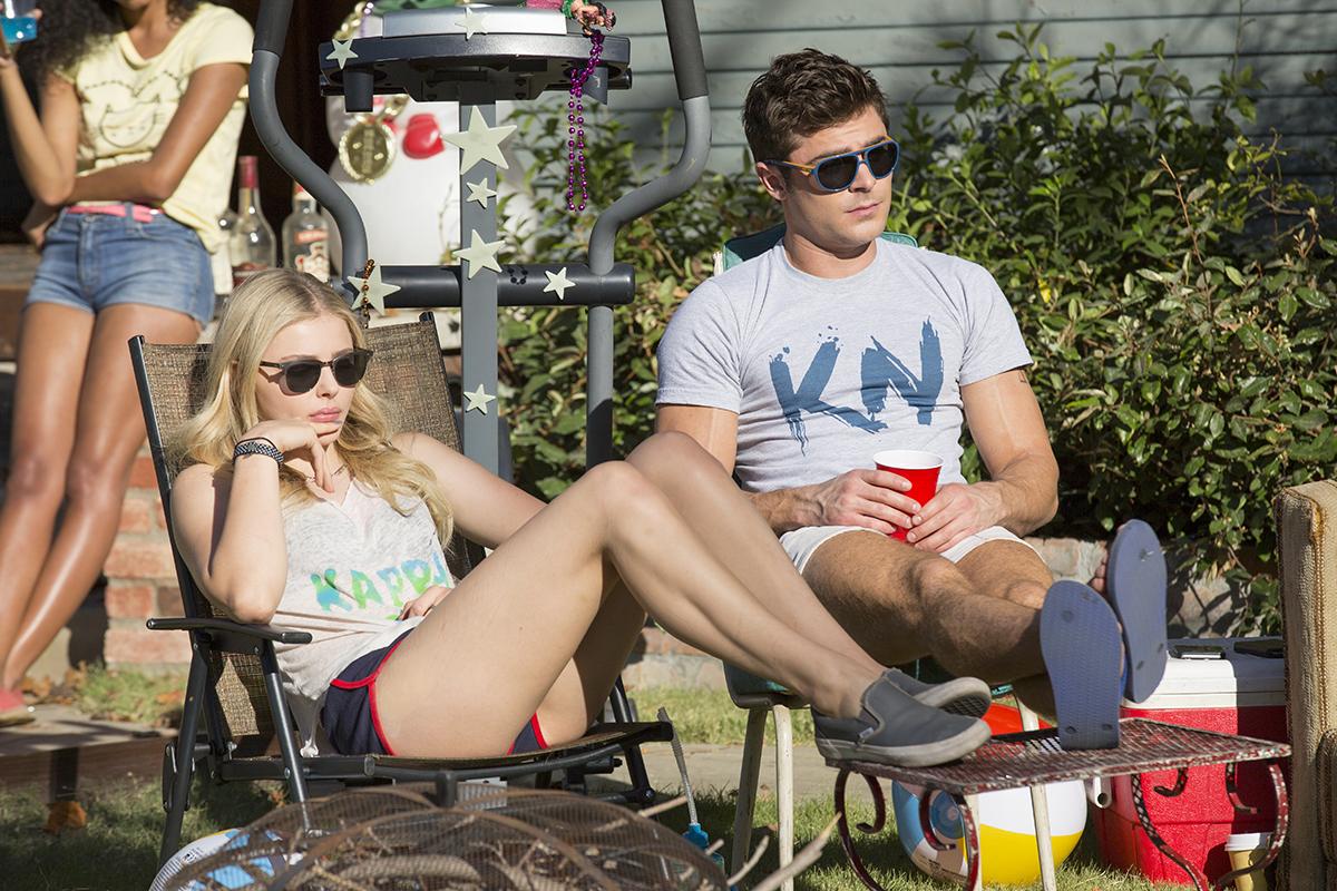 Chloë Grace Moretz y Zac Efron en Malditos vecinos 2