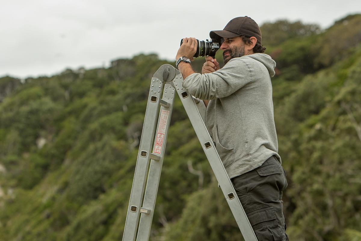 Jaume Collet-Serra en el rodaje de Infierno azul