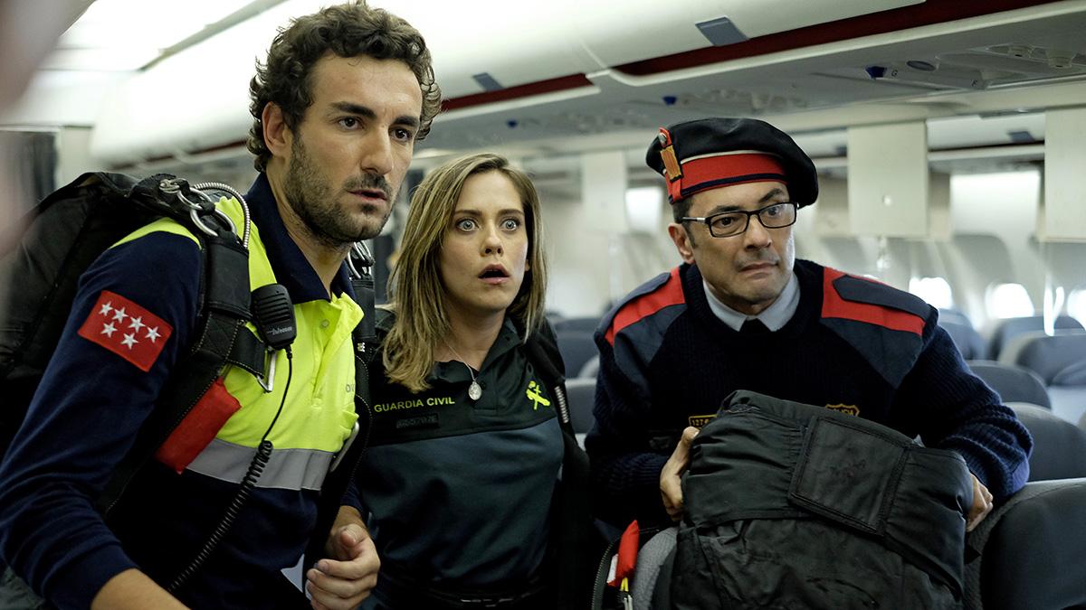 Miki Esparbé, María León y Jordi Sánchez en Cuerpo de élite