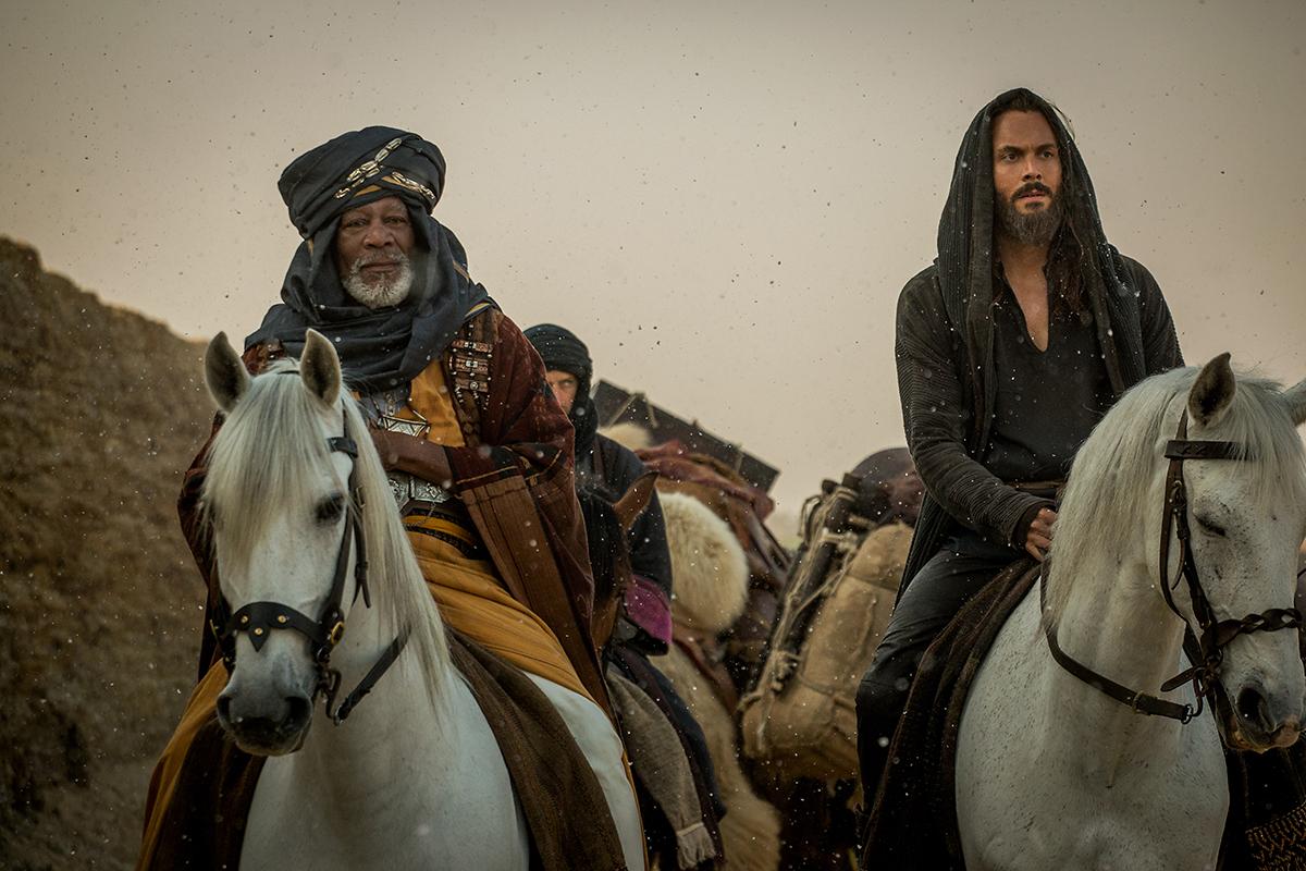 Morgan Freeman y Jack Huston en Ben - Hur (2016)