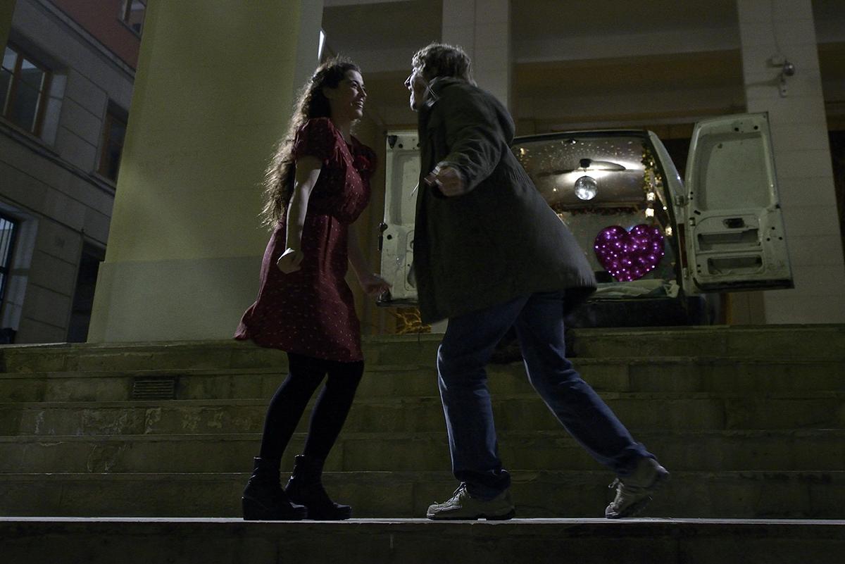 Silvia Pérez Cruz e Iván Massagué en Cerca de tu casa