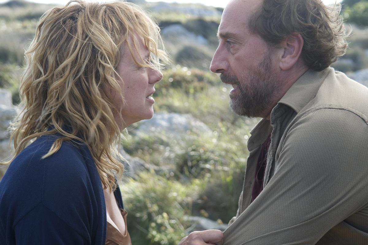 Emma Suárez y Gonzalo de Castro en Las furias