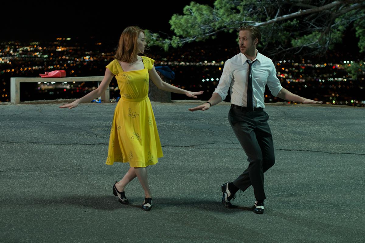 Emma Stone y Ryan Gosling en La ciudad de las estrellas (La La Land)