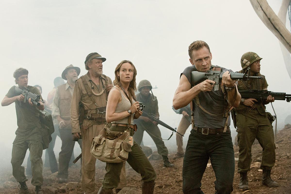 Thomas Mann, John C. Reilly, Brie Larson y Tom Hiddleston en Kong: La isla calavera