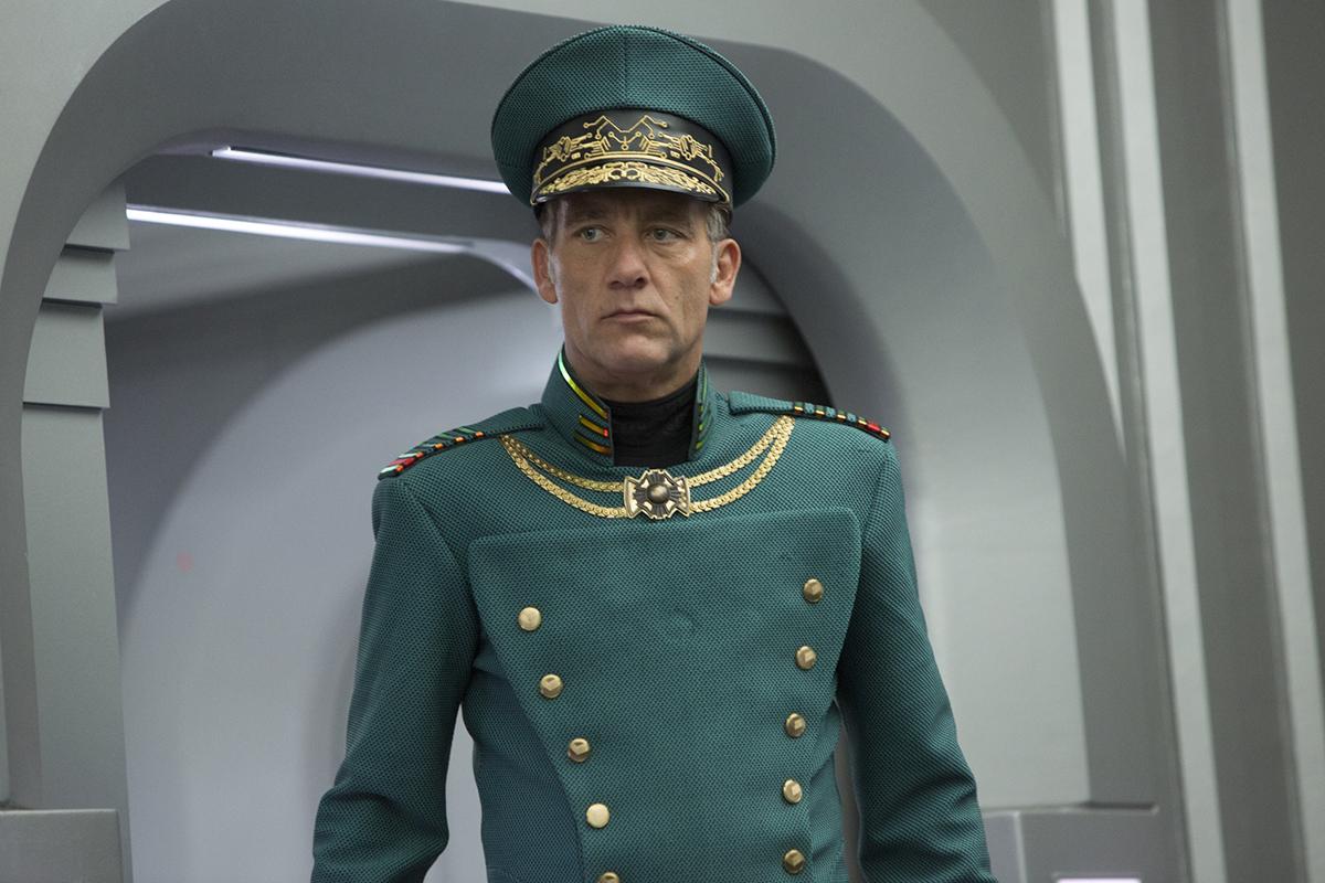 Clive Owen en Valerian y la ciudad de los mil planeta