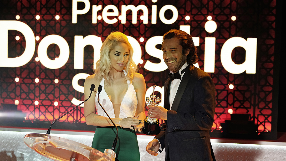 Bárbara Mori y Jordi Mollà en Operación Concha