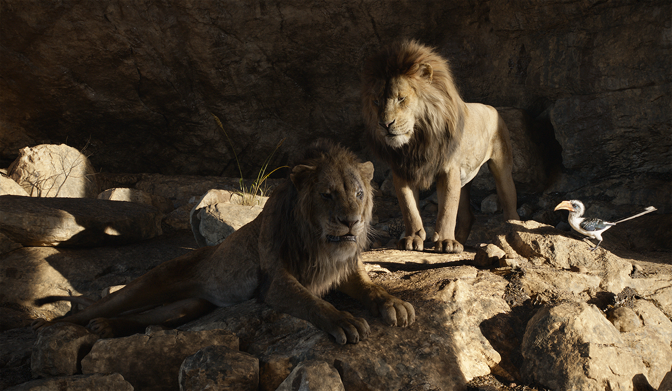 Chiwetel Ejiofor, James Earl Jones y John Oliver en El rey león (2019)