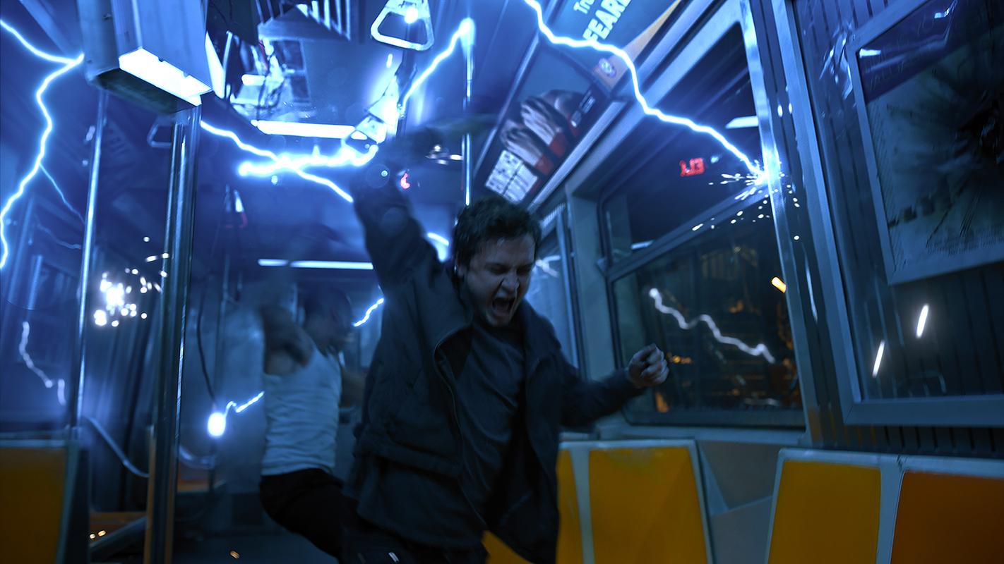 Logan Miller en Escape Room 2: Mueres por salir