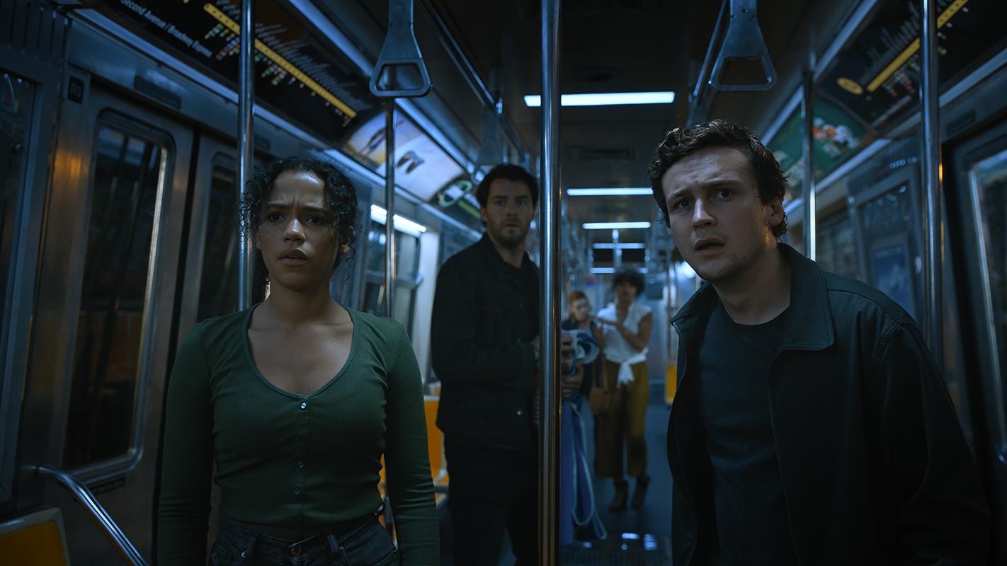 Taylor Russell, Thomas Cocquerel y Logan Miller en Escape Room 2: Mueres por salir